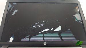 display-defekt-notebook-bildschirm-reparatur-austausch-hintergrundbeleuchtung-inverter-scharniere